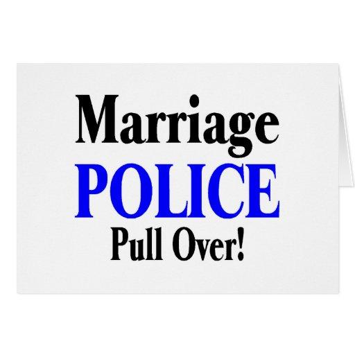 Policía de la boda, tirón encima tarjeta de felicitación