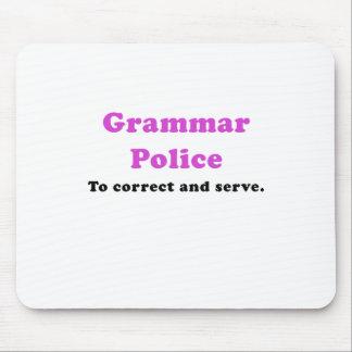 Policía de la gramática a corregir y a servir alfombrillas de ratón