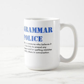 Policía de la gramática taza clásica