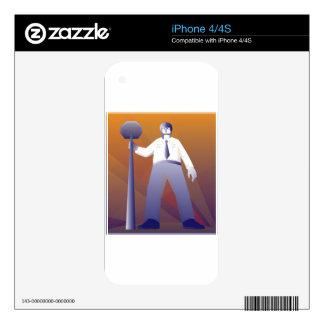 policía que se coloca con la muestra de la parada  skins para eliPhone 4