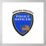 Policía que sirve orgulloso impresiones