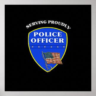 Policía que sirve orgulloso póster