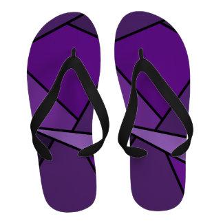 Polígonos púrpuras abstractos sandalias