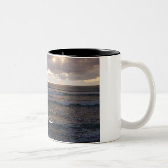 Polihale waves Two-Tone coffee mug