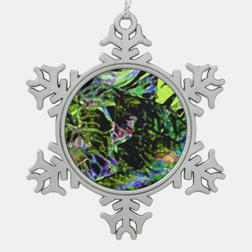 polilla en diseño de neón oscuro del extracto de adorno de peltre en forma de copo de nieve