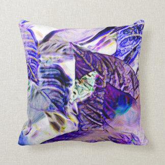 polilla en extracto brillante azul púrpura de la p cojín