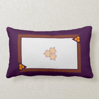 Polinesio púrpura anaranjado cojín