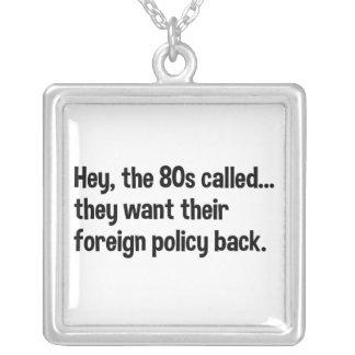Política exterior de Obama 80s Colgante Cuadrado