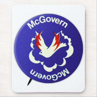 Política McGovern del vintage para presidente Mousepad