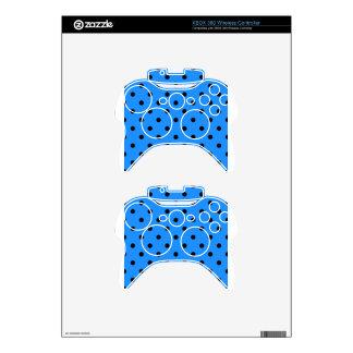 Polka Dots - Black on Blue Xbox 360 Controller Skin