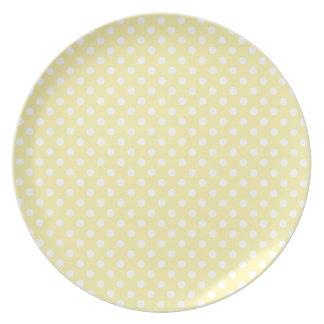 Polka Dots - Light Yellow on Corn Plate