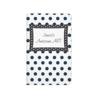 Polkadot blanco y negro para nunca cuadernos grapados