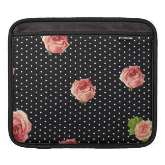 polkadots pink macarons.ai iPad sleeve