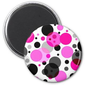 Polkadots rosado, negro, gris imán redondo 5 cm