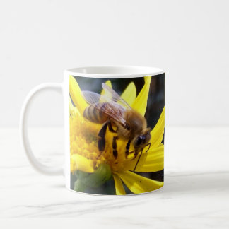 Pollinating honey bees mug