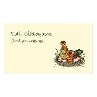 Pollo colorido del vintage que se sienta en los tarjetas de visita