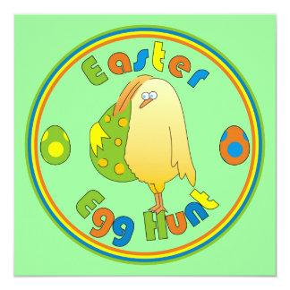 """Pollo de la caza del huevo de Pascua que lleva a Invitación 5.25"""" X 5.25"""""""