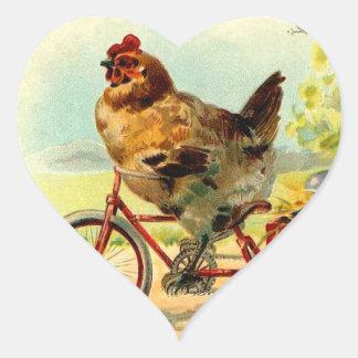 Pollo de Pascua del vintage en una bicicleta Pegatina Corazon
