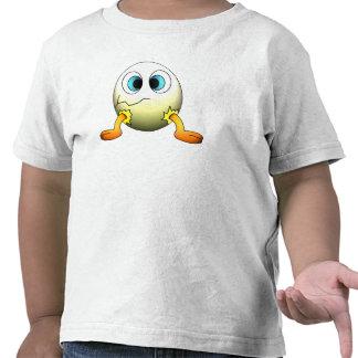 Pollo del bebé en huevo camiseta