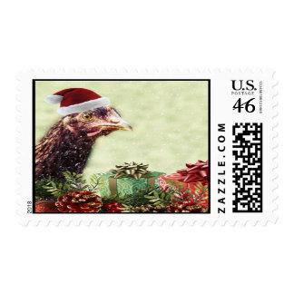 Pollo del día de fiesta del navidad en el gorra de