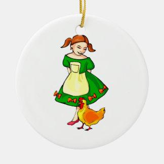 pollo derecho del vestido del verde del chica en adorno redondo de cerámica