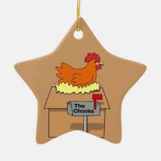 Pollo divertido de la casa de Chook en dibujo Adorno De Cerámica En Forma De Estrella
