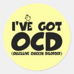 Pollo divertido de OCD Etiqueta Redonda