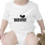 Pollo en la cerca trajes de bebé