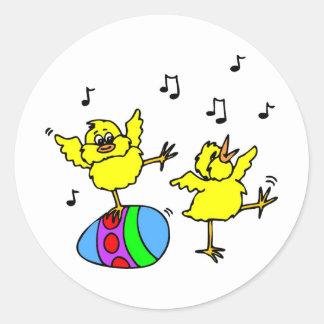 Pollos del baile pegatina redonda
