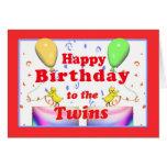 Pollos del feliz cumpleaños para los gemelos tarjeton