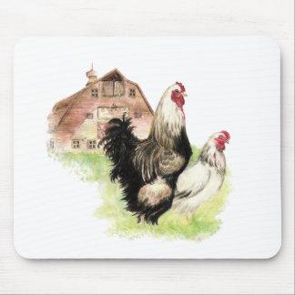 Pollos y escena de la granja del granero a modific tapete de ratón