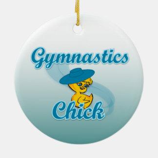 Polluelo #3 de la gimnasia adorno navideño redondo de cerámica
