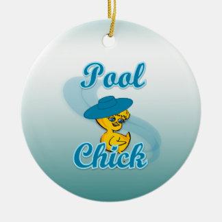 Polluelo #3 de la piscina adorno navideño redondo de cerámica