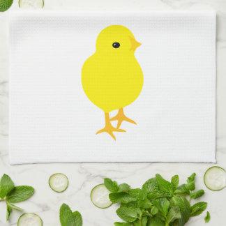 Polluelo amarillo curioso toallas de mano