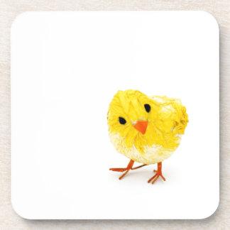 Polluelo amarillo lindo del bebé posavasos de bebidas