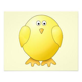 Polluelo amarillo lindo. Pequeño pájaro Tarjetón