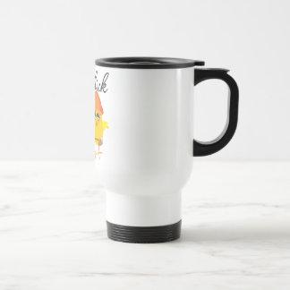 Polluelo de la construcción taza de café
