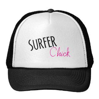 Polluelo de la persona que practica surf gorras