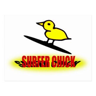 Polluelo de la persona que practica surf postales