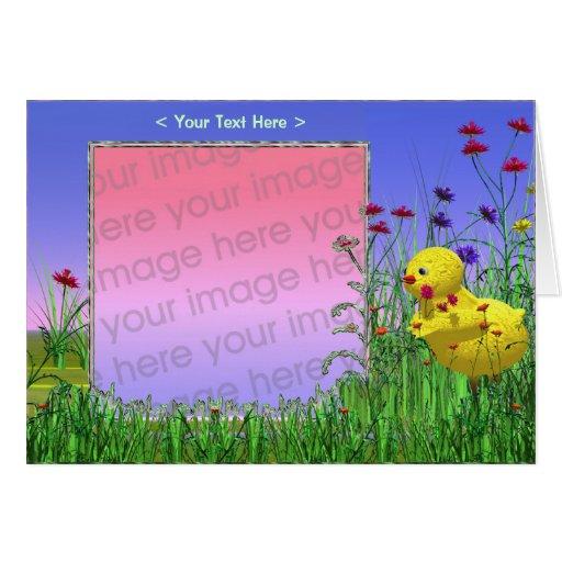 Polluelo de la primavera (marco de la foto) felicitacion