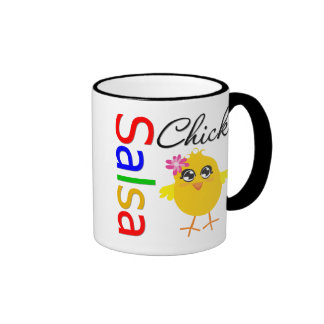 Polluelo de la salsa taza