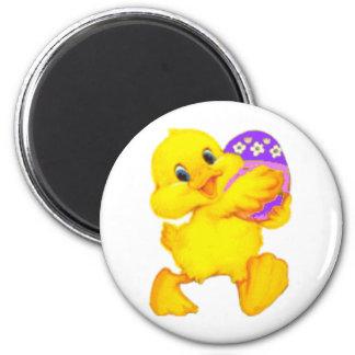 Polluelo de Pascua con el huevo Imán Redondo 5 Cm