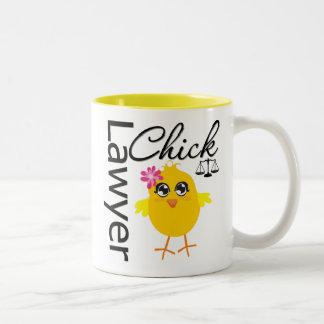 Polluelo del abogado taza de café de dos colores
