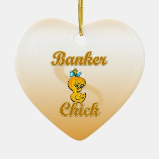 Polluelo del banquero adorno navideño de cerámica en forma de corazón