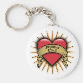 Polluelo del batería del corazón del tatuaje llavero redondo tipo pin