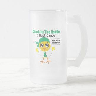 Polluelo del cáncer de hígado en la batalla para b tazas de café