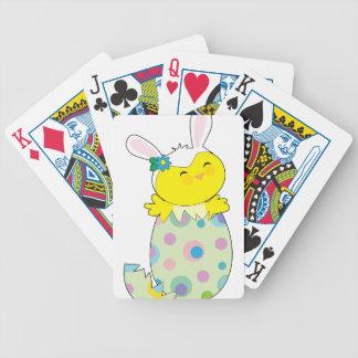 Polluelo del conejito de pascua baraja de cartas