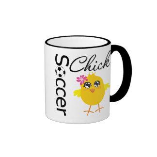 Polluelo del fútbol taza de café