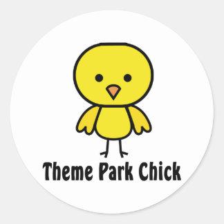 Polluelo del parque temático pegatina redonda