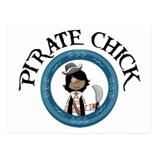 Polluelo del pirata con la espada tarjetas postales